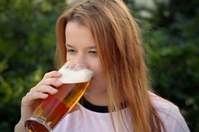 เคล็ดลับการบริโภคเครื่องดื่มแอลกอฮอล์สำหรับผู้ชาย